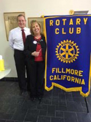 Rotary President Kyle Wilson welcomes Councilmember Carrie Broggie to Fillmore Rotary.