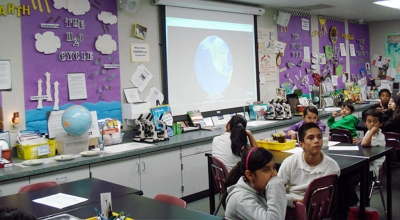 Piru visitors see Fenton Charter School's upper grade science lab, where students are learning about the geology of the sea floor.