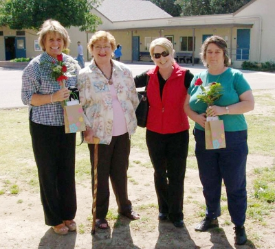 Pictured (l-r) are Susan Jolley, Jeannie Klittich, Jan Nehrig and Jane Munoz.