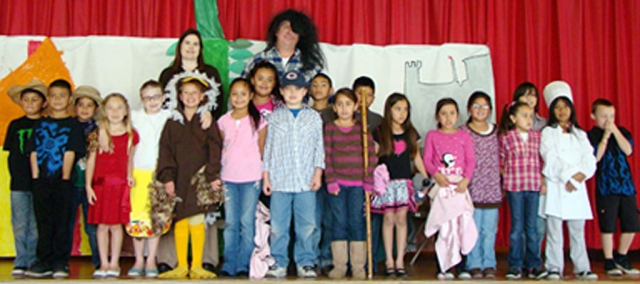 Mrs. Mitchell and Mrs. Laureano's 2nd grade class performed Jack and the Beanstalk for the rest of San Cayetano classes.