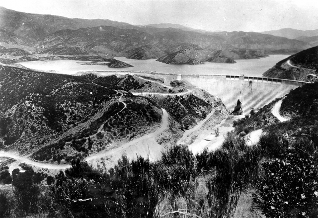 In commemoration of the anniversary of the St. Francis Dam Disaster (March 12/13, 1928), the Fillmore Historical Museum will be presenting a program on the disaster on March 23, at 1 p.m., in the Depot. This was the worst man-made disaster of the 20th Century and had a devastating impact on the community and valley. If you did not get a chance to see the presentation last year, now is your chance.