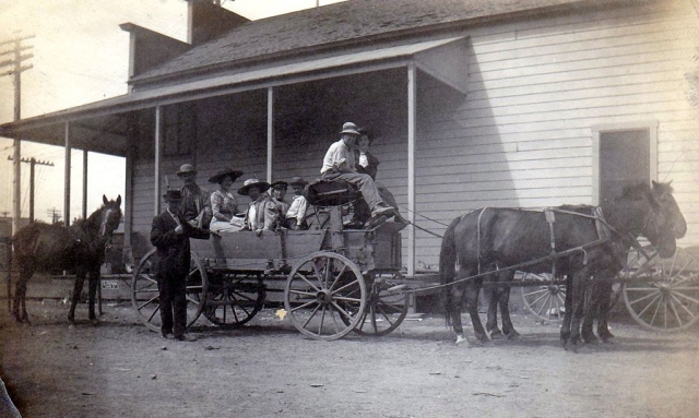A wagon and horses at the side of Piru Co. Op. (c) 1910. Photos Courtesy Fillmore Historical Museum.