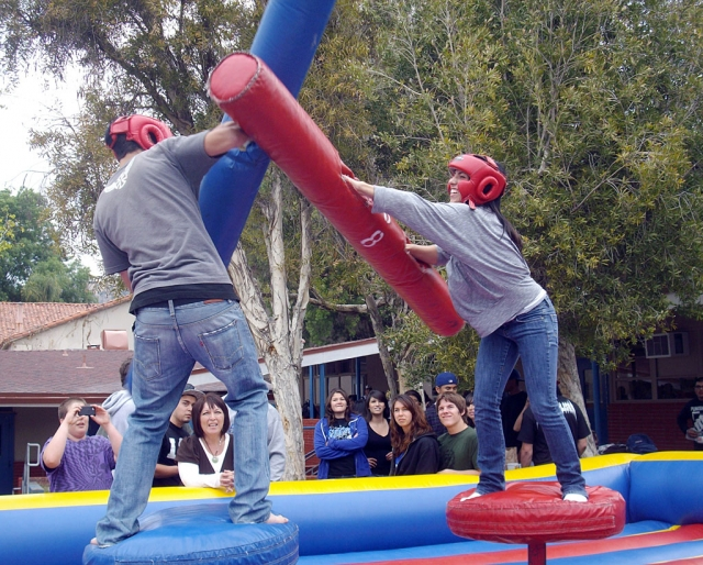 Fillmore High School ASB Student Body put on a API Fun Day. They wanted to thank the kids for great test scores from last year and hope that the school body can do the same this year.