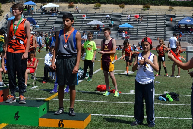 Medal winner Fernando Gonzales 6th place in 800m Youth division