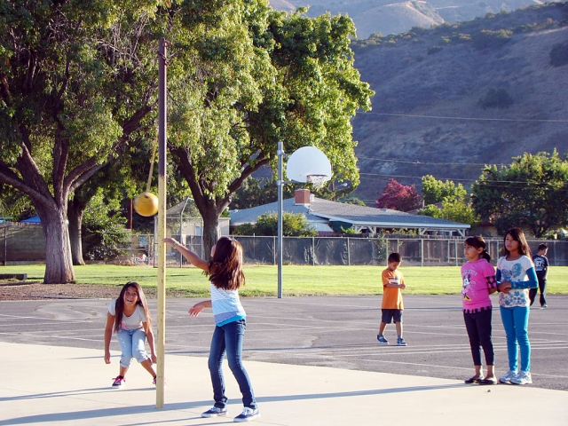 School is in session and the students are already having fun playing teatherball at San Cayetano.
