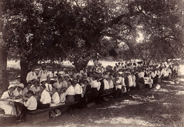 (above) A very early picnic at Kenny Grove Park. Fillmore's first semiofficial park was Kenny Grove Park, named for Cyrus Kenny who homesteaded the property in 1870. Photos courtesy Fillmore Historical Museum.