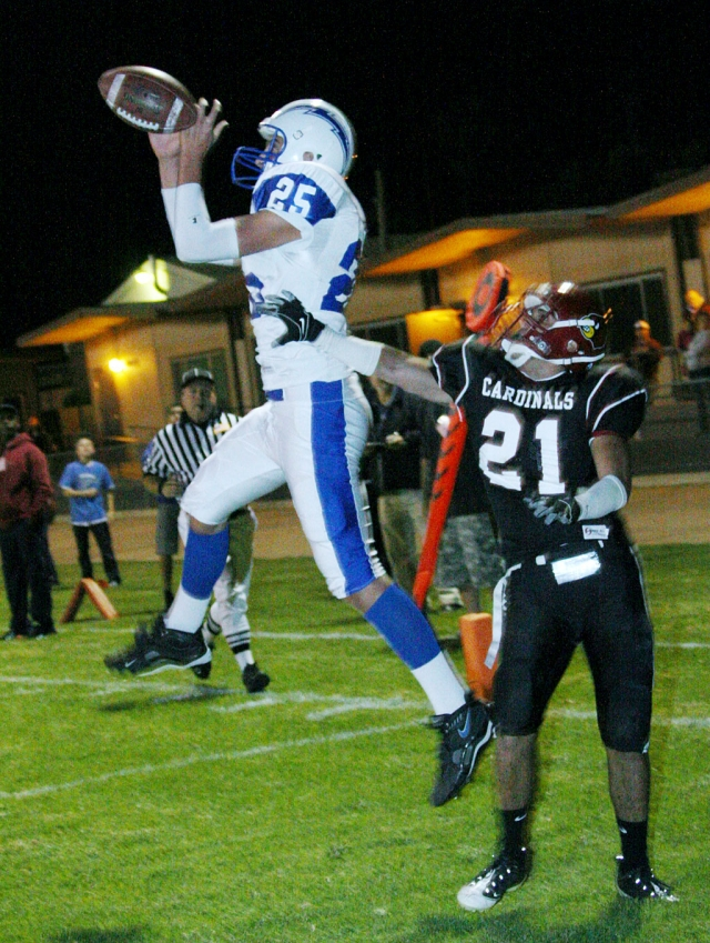 Chris DeLaPaz #25 caught two touchdown's Friday night including the game winning touchdown in the last 20 seconds of the game.