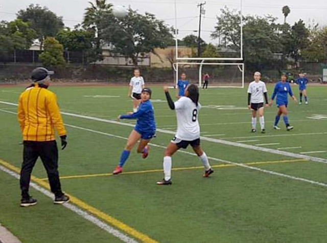 Flashes try to beat Carpinteria to the ball during last Thursday's game.