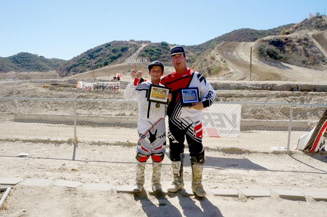 Blake Boren and his dad sweep the Glen Helen nationals on October 4th and 5th. Blake on Saturday ran 3-2 and Sunday ran 1-2 for first over all. His dad Greg on Saturday ran 1-1 and Sunday ran 1-1 for first over all.