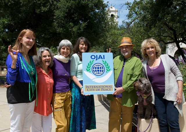 Ojai Peace Pod. Participants from Left to Right: Anahata Pomeroy, Julie Heyman, Lisa Berman, Kathy Nolan, Brian Berman, Dianne McCourtney with Lucy. Photographer David Baker.