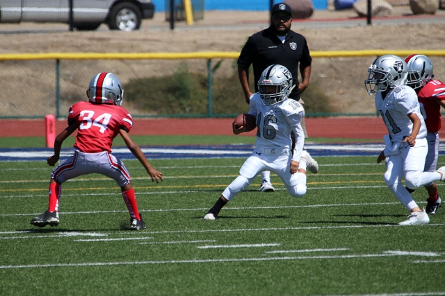 Fillmore Raiders Youth Football Photos courtesy Crystal Gurrola.