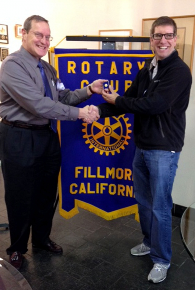 Kyle Wilson Rotary member and Sean Morris President. Sean presented Kyle will a Paul Harris Fellow recognition pin, set with three Sapphires. The pin represents significant donations given to the Rotary Foundation either personally or by other members recognizing Kyle. Money given to the Foundation is used for various Rotary projects around the world and in the communities. Our Club will use some of this money to join the Rotary Club of Ojai, in helping the Nomads in Niger.
