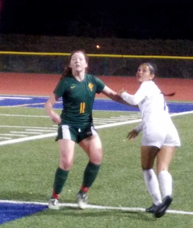 Submitted by Coach Omero. On Tuesday, January 2nd Fillmore hosted La Reina. Fillmore came out strong scoring 4 goals in the first half and adding two more in the second half. Ana Covarrubias led the team with 3 goals, Alexsys Covarrubias, Aaliyah Alfaro, and Jennifer Cruz each had a goal. Andrea Marruffo had three assist. Yareli Cobian, Emely Garibay, Kayla Martinez, Alexis Mejia played well defensively. Final score 6-0 Fillmore. Come out and support the Lady Flashes on Thursday, January 4th as they host Nordoff JV begins at 4:30pm and Varsity 6:00pm. Photos courtesy Coach Omero.