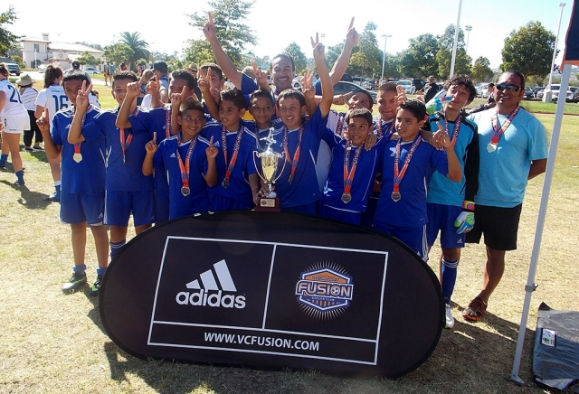 Fillmore Dream Boys 13 wins the Ventura County Fusion Tournament beating Coast Valley Soccer team on a shoot out on Sunday 17, 2014. Head Coach Sal said that this was one of the greatest games he ever coached. Fillmore will star getting ready to travel to San Francisco on October 25th and 26th, 2014 for other big Tournament. Congratulation to all the players and coches: Eric, Jordan, Bryan, Cesar, Meno, Carlitos, Jonathan, Octavoi, Julio, Reny, Jovanni, Sergio, Luis and Head Coach Sal Navarro and Assisted Coach Lorenzo.