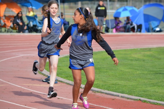 Midget Girls Division 4X100m Relay team (left) Ashlan Larson, (right) Areanna Covarrubias