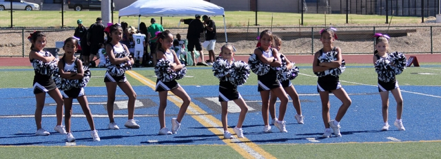 Raiders Bantam silver Cheer