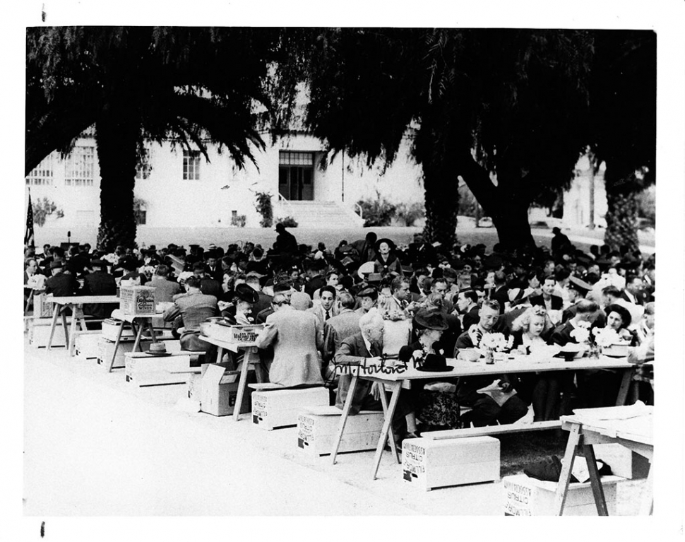 1948 Alumni Dinner behind the current Science Building