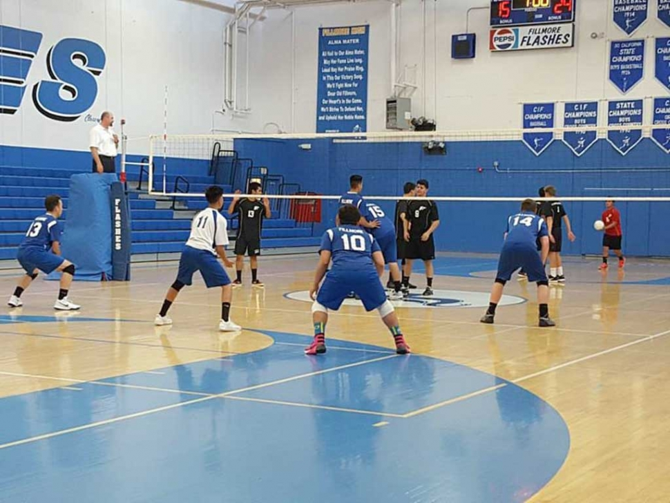 Fillmore Flashes ready and waiting for Carpinteria to serve the ball during last week's game.