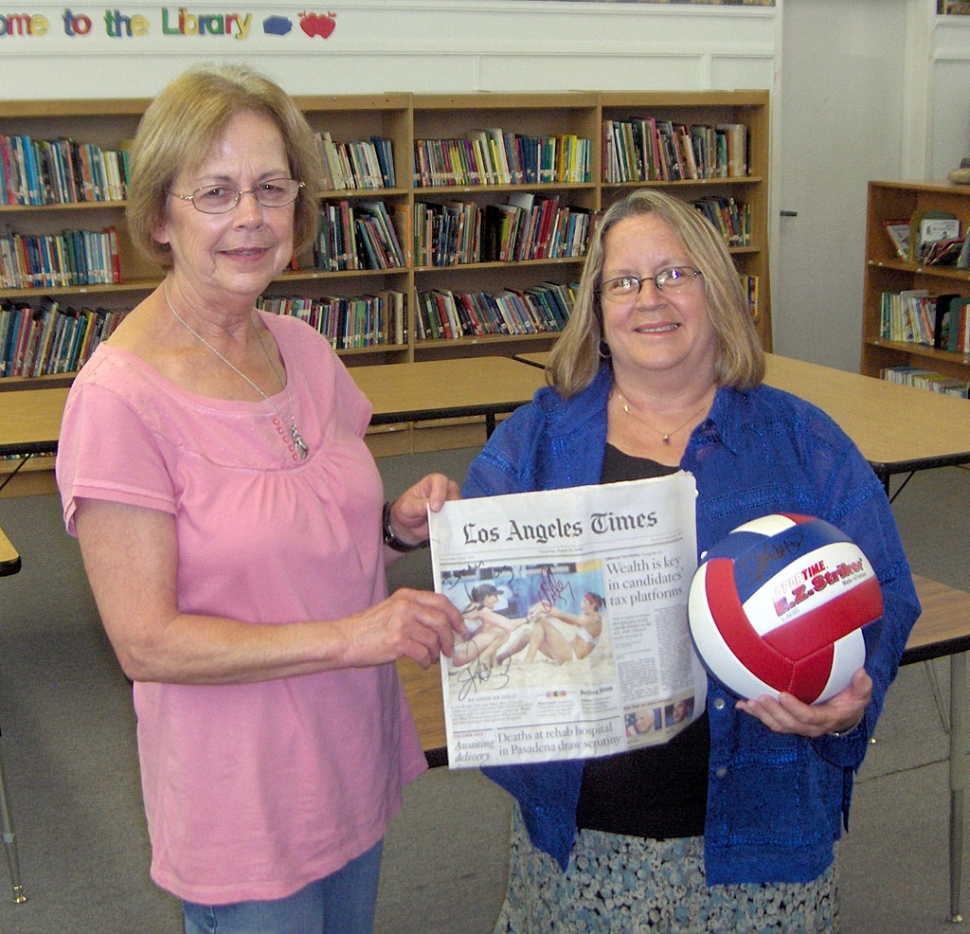 (l-r) San Cayetano Principal, Jan Marholin and School Librarian Michelle Anderson.