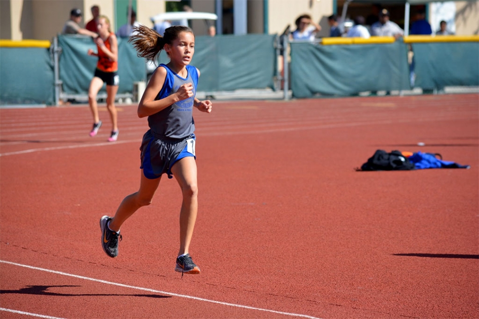 Navaeh Walla had strong performances this weekend, taking 1st and running a record braking 11:30.6 for the 3200min the youth girls division.