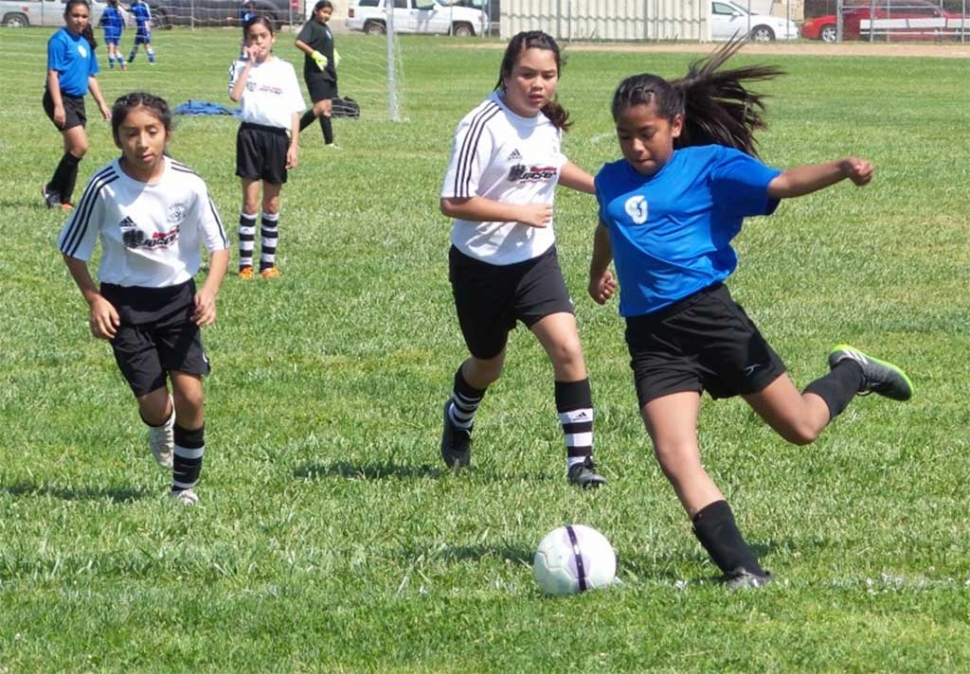 Saturday April 8th, California United FC U11 Fillmore girls win 4-0, Marlene Gonzalez(pictured) records a Hat trick with 3 goals, Athena Sanchez had 1 goal. Both goalkeepers Alexis Piña and Gaby Martinez record shutout. The team played well in the win vs Oxnard Nacional. Submitted By Coach Jose Lomeli.