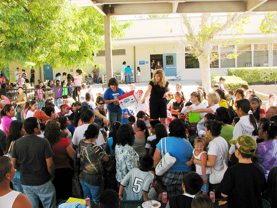Three-hundred backpacks were distributed at Sespe School on Saturday, September 6th.