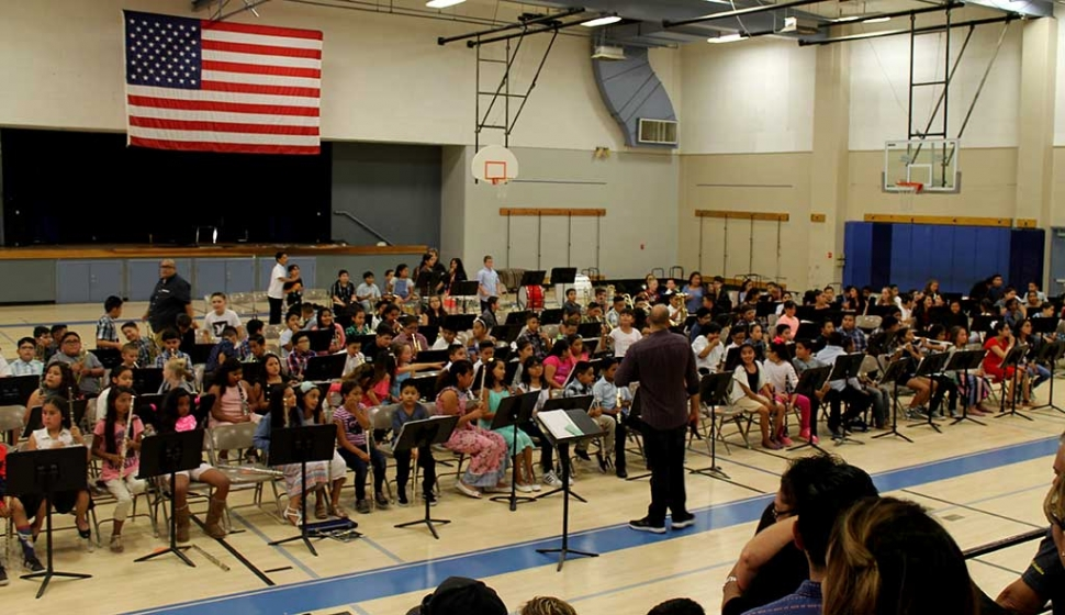 On Wednesday, May, 31st Fillmore Middle School hosted a Band Concert in the gym, all three Fillmore elementary schools gathered to perform for family and friends.