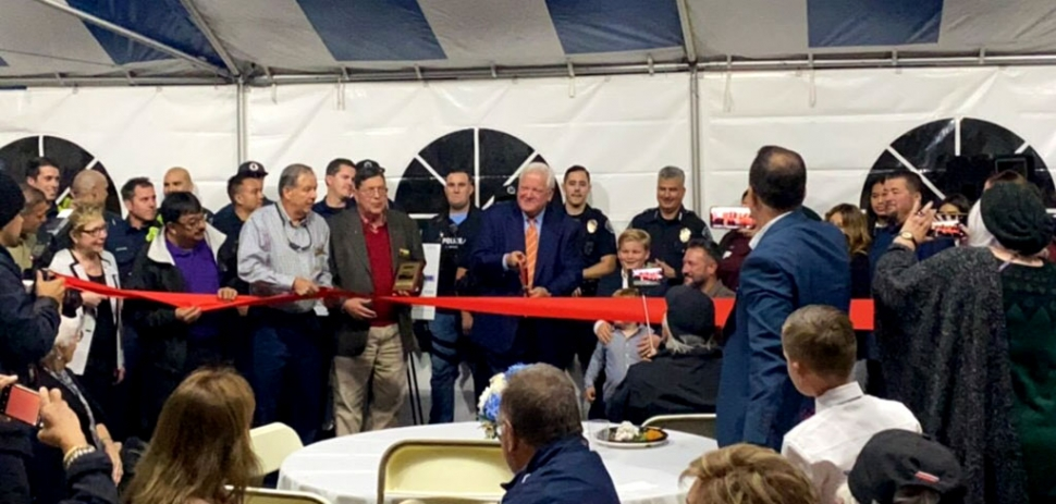 "On Friday, November 22nd Leo Bunnin was back in Ventura County with the Grand Opening of Bunnin Chevrolet of Santa Paula. Over 300 customers, city and county officials, chamber members and Bunnin employees ""rocked the tent"" as Leo Bunnin (center) cut the ribbon to make Bunnin Chevrolet of Santa Paula officially open."