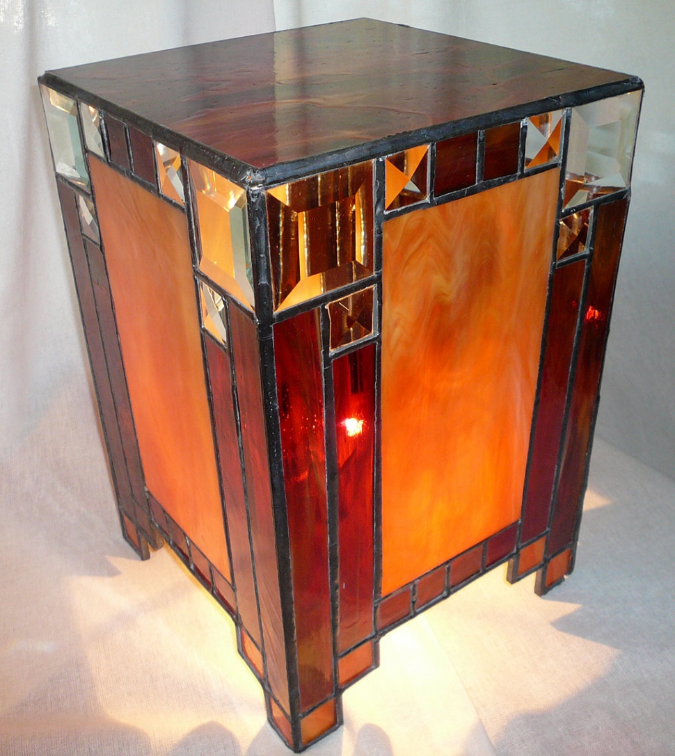 """Moodlamp"" stained glass."