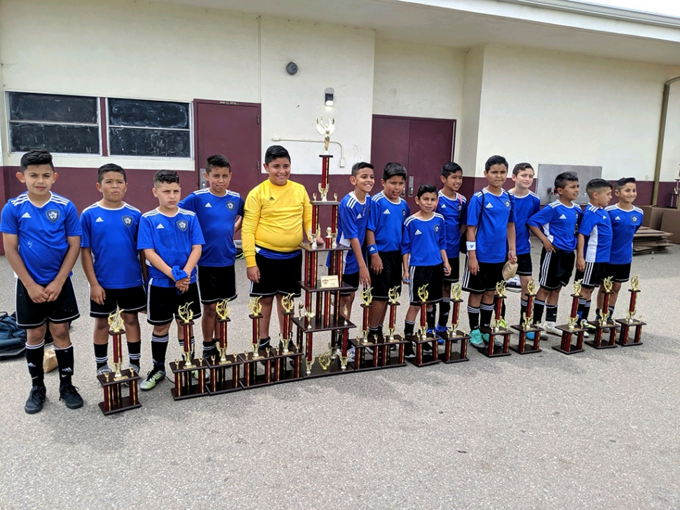 Pictured above is California United's 2008 Boys Team l-r: Julio Ballesteros, Abe del la Cruz, Jaycob Guzman, Christian Solis, Julian Medina, Christian Ramirez, Israel arroyo, Angel Garza, Juan Medina, Hector Hernandez, Edgar Castellon, Saul Magana ,Jayden Guzman, Jesus Canchola. Not pictured head coach Genaro Guzman