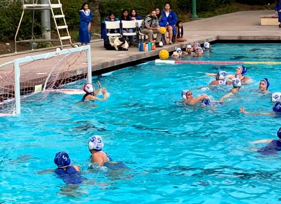 Tuesday, December 10th the Flashes Girls Water Polo team took a 14-13 victory over Channel Islands High School.