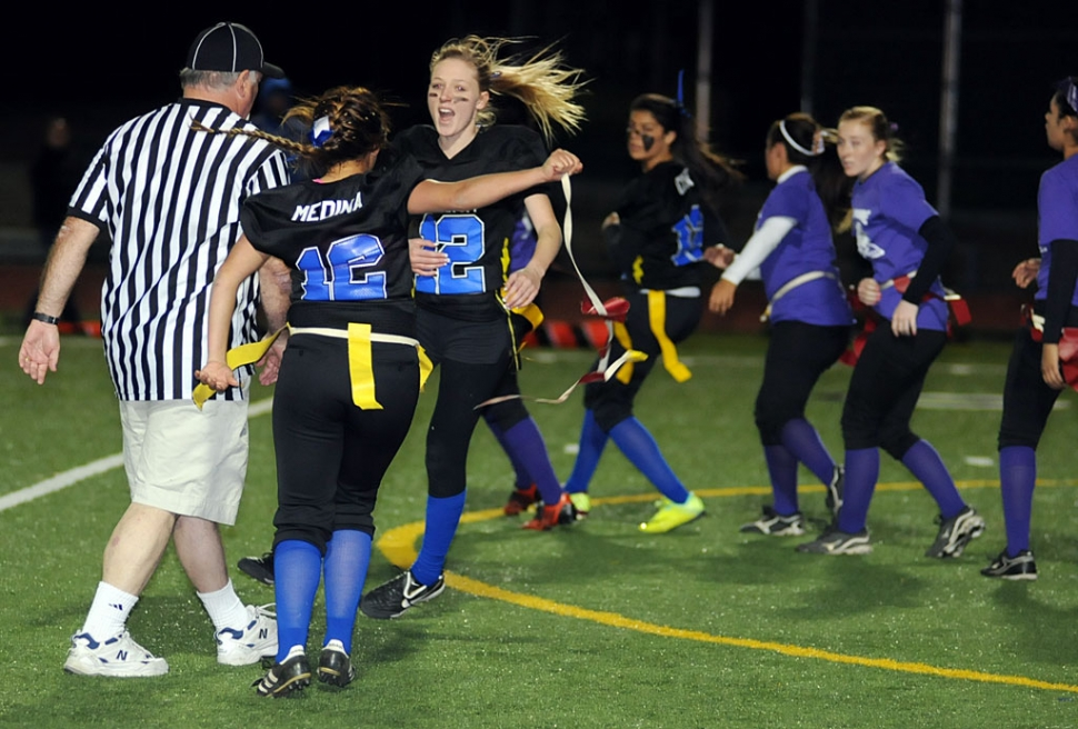 how to play powder puff football
