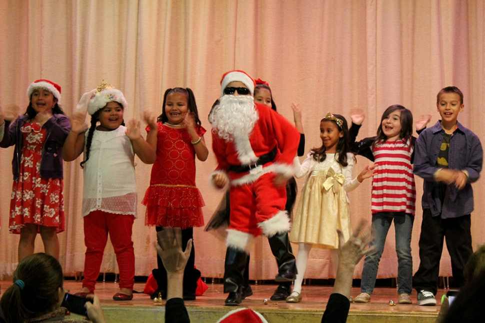 Santa Hats, ukuleles and floral leis helped celebrate a Hawaiian Christmas at the San Cayetano Elementary Christmas program held on December 17th. Photos courtesy Tenea Golson.
