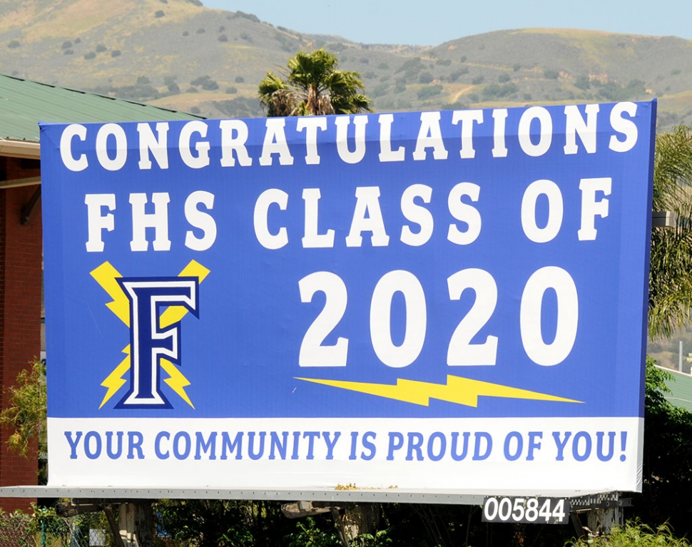 Have you noticed a new billboard while entering Fillmore congratulating the Fillmore High School Graduating Class of 2020? The community of Fillmore is proud of their graduating seniors!