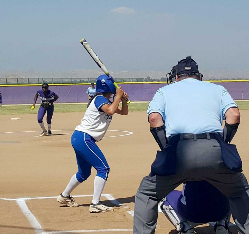 Flashes 3rd Baseman Cali Wyand up to bat during the 2nd Round of CIF playoff game against Vista del Lago High School, the Lady Flashes defeated Vista del Lago 12-0. The Flashes advance to Quarter Finals on Thursday May 25th at Torrance High School. Photo courtesy of Tom Ito.