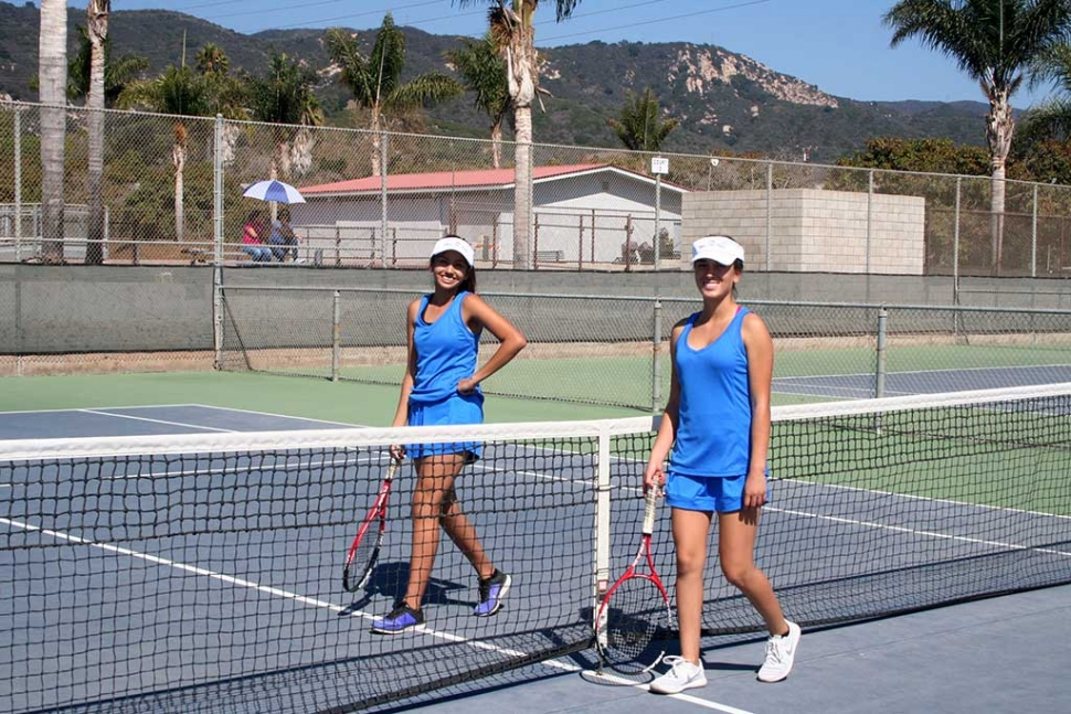 Left Adanari Rosales and right Briana Lopez smiling before they face their opponents.
