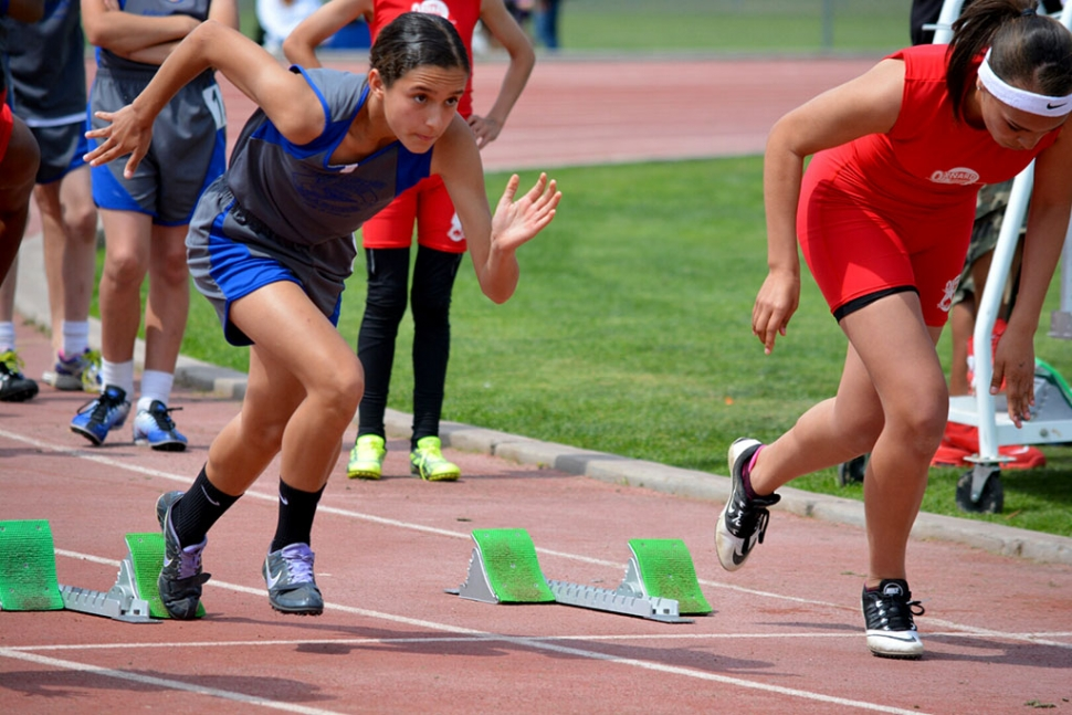 Last Saturday the our Heritage Valley Blazers went on the road to Thousand Oaks. We competed against the Thousand Oaks Flyers, Calabasas Cheetahs, and United track Club. In all over 800 athletes were expected to participate. Our Blazers had strong performances. (above) Janae Cadena took 3rd place in both 100m and 200m in the youth girls division versus Oxnard Stars.