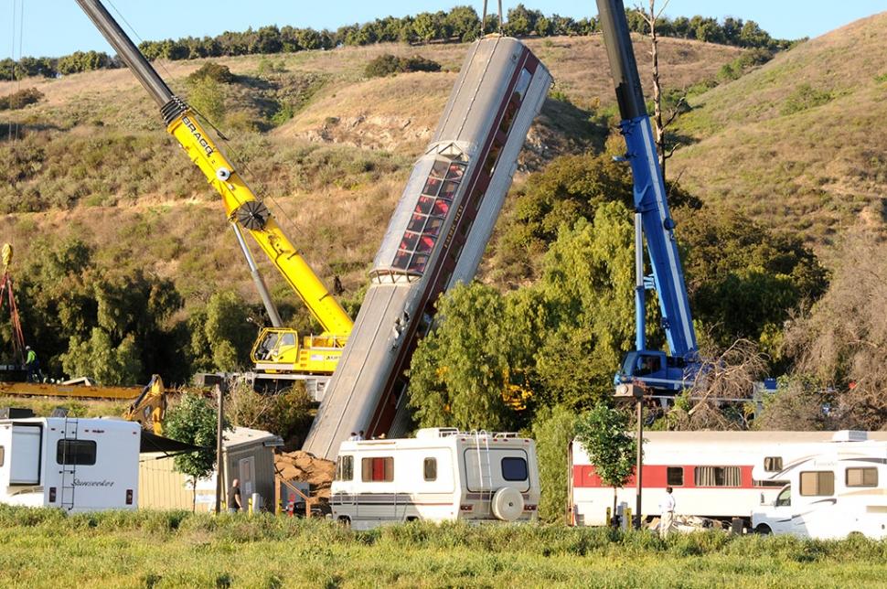 Train Wreck Draws Curiosity The Fillmore Gazette