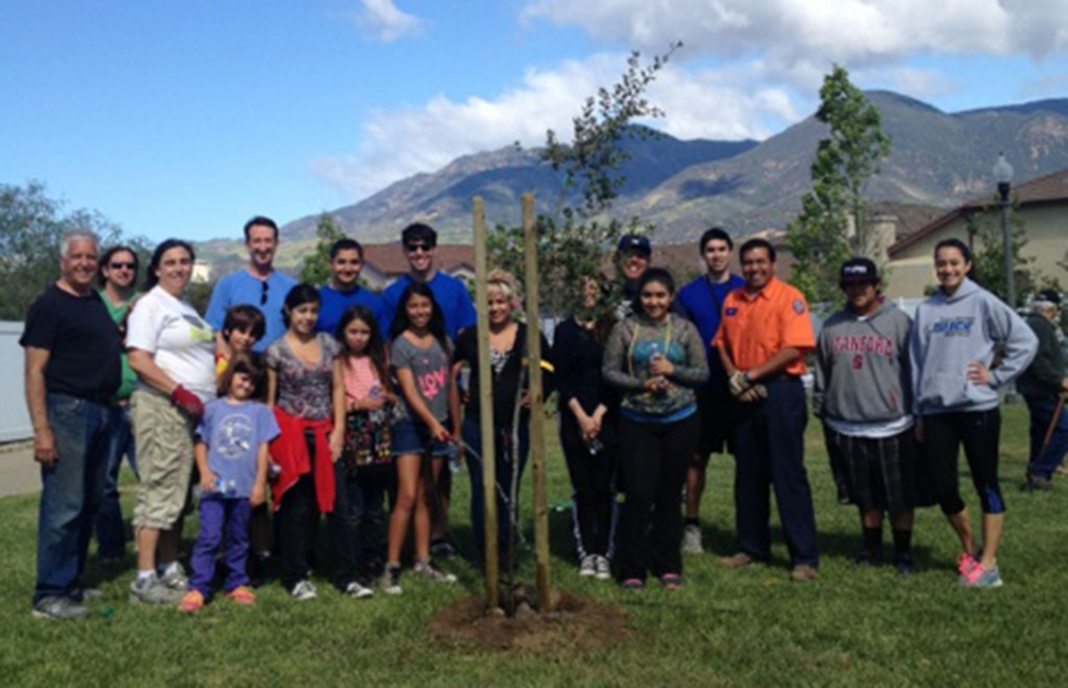 On Saturday, April 26th, at the Burlington Linear Park 10 oak trees were planted by 20 citizen volunteers. This project was coordinated with Fillmore's Planning and Public Works Departments. Trees were donated by Valley Crest Tree Company. Thank you to the Boy's & Girl's Club of Fillmore, FHS Leo's Club, and all other Fillmore Citizens.