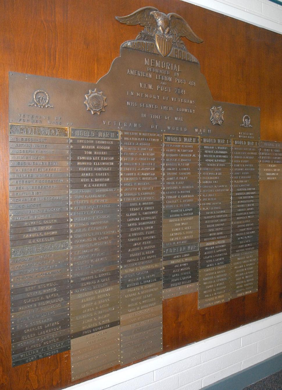 Veterans Memorial Wall Ceremony | The Fillmore Gazette